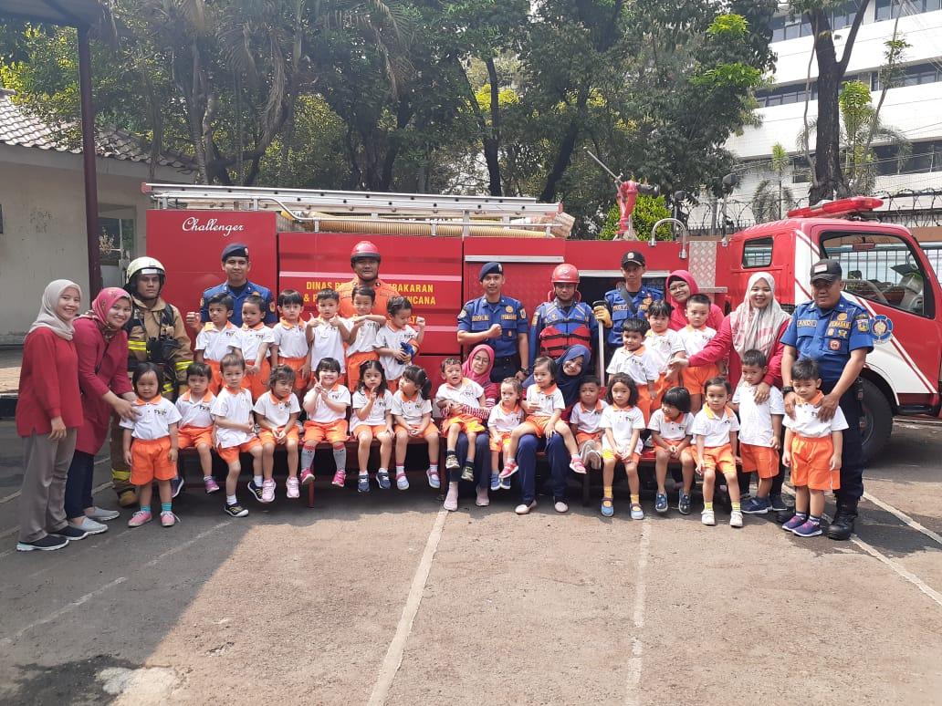 Kunjungan Ke Pemadam Kebakaran Pos Kalibata Rising Stars